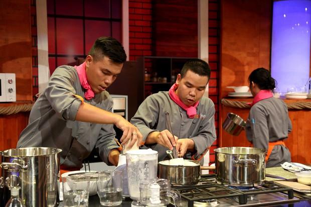 Top Chef Vietnam: Cãi lời đội trưởng, tự ý làm món mình thích, đầu bếp đành gói dao ra về! - Ảnh 6.