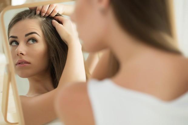 Nghiên cứu gây sốc: Ô nhiễm không khí có thể gây rụng tóc, hói đầu - Ảnh 1.