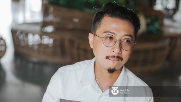 Hứa Minh Đạt ngỡ cầm nhầm kịch bản khi đóng Lũ (Tiếng Sét Trong Mưa), kể chuyện Cao Thái Hà sáng tạo cực mạnh cho cảnh cưỡng hiếp - Ảnh 6.