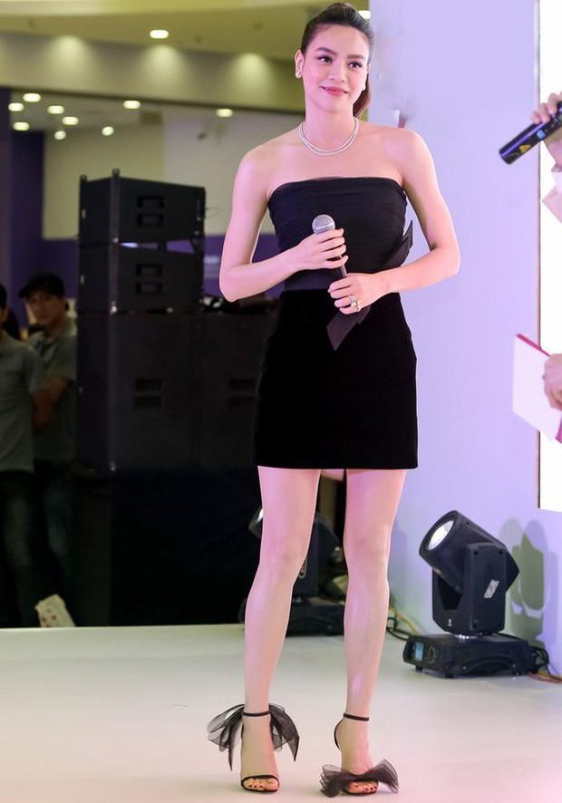Đôi sandal bánh bèo 20 triệu đang bỏ bùa từ vợ Justin Bieber đến cả loạt sao châu Á thời gian gần đây - Ảnh 1.