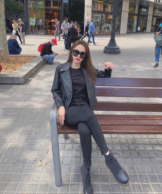 Học ngay 11 set đồ của Hoa hậu Hương Giang để mix quần jeans từ đơn giản đến cá tính - Ảnh 11.