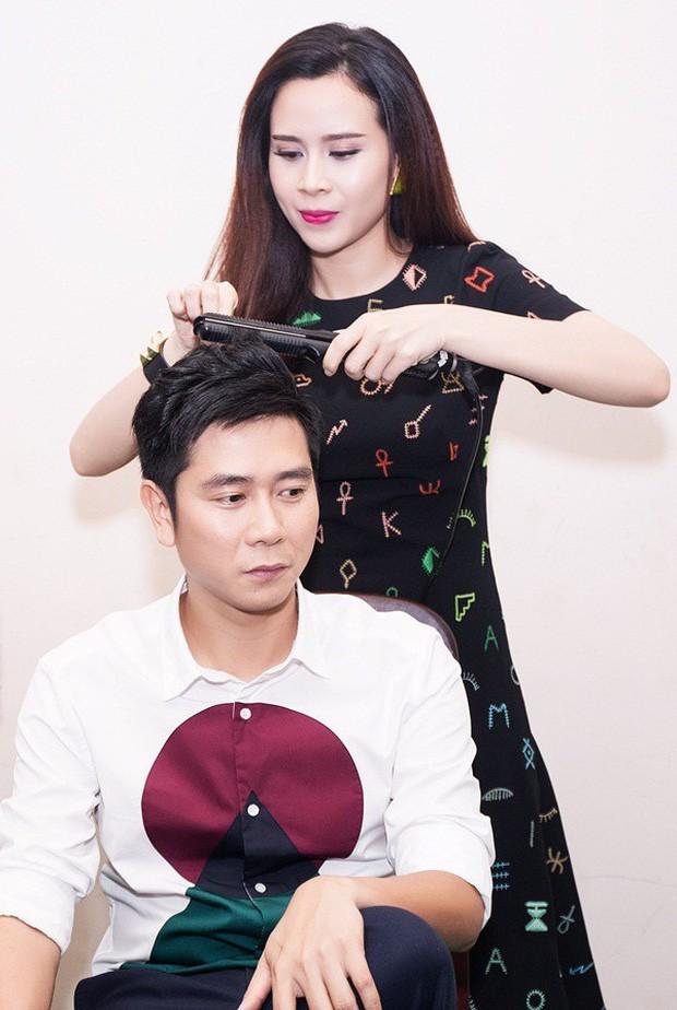 Hồ Hoài Anh tay vẫn đeo nhẫn cưới, xuất hiện cùng Lưu Hương Giang và con gái sau ồn ào ly hôn - Ảnh 4.