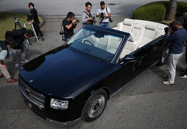 Hé lộ lịch trình và chiếc xe mui trần đặc biệt có 1-0-2 dành cho buổi diễu hành đăng cơ của Nhật hoàng Naruhito và Hoàng hậu Masako sắp tới - Ảnh 4.
