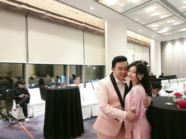 Bị lộ ảnh thân mật, Quang Lê dính nghi án tình cảm với vợ cũ Hồ Quang Hiếu hậu chia tay Thanh Bi Người phán xử - Ảnh 3.