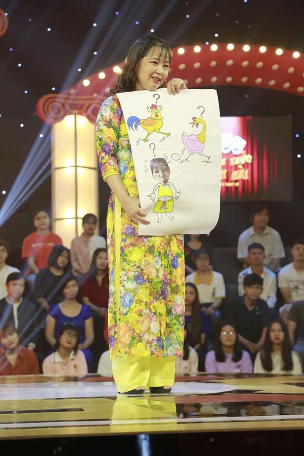 Thách thức danh hài mùa 6 mở màn với nữ giảng viên gây tranh cãi khi liên tục chê bai Trường Giang - Ảnh 3.