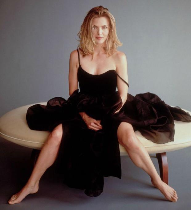 Có 1 nữ minh tinh trong dàn sao Avengers đẹp thần thánh đến mức Angelina Jolie phải crush thầm bao năm - Ảnh 5.