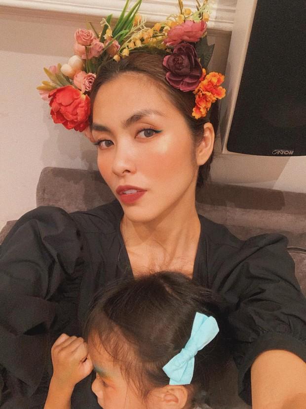 Lên đồ lộng lẫy để lộ nhan sắc đỉnh cao, Hà Tăng gây chú ý khi nhân tiện khoe khéo luôn gương mặt công chúa nhỏ - Ảnh 1.