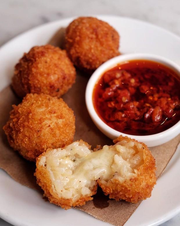 11 món ăn đường phố phổ biến nhất ở mỗi quốc gia, người địa phương nuốt mãi không chán còn du khách thì… hên xui - Ảnh 3.