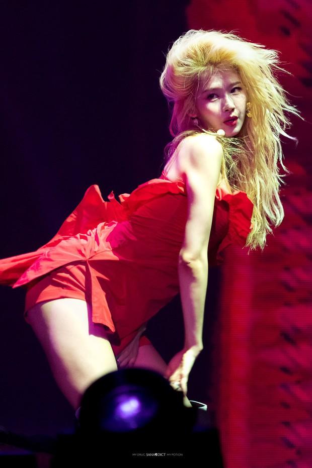"""Những """"nữ hoàng sexy"""" thế hệ mới của Kpop: Body đẹp, thần thái đỉnh cao, gợi cảm mà chẳng cần hở bạo - Ảnh 17."""