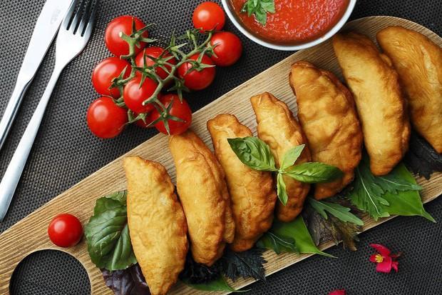 11 món ăn đường phố phổ biến nhất ở mỗi quốc gia, người địa phương nuốt mãi không chán còn du khách thì… hên xui - Ảnh 10.