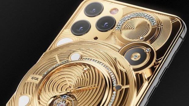 Rich kid cũng phải xót ví với chiếc iPhone 11 này: Đính nửa cân vàng, 137 viên kim cương, giá 1,65 tỷ đồng - Ảnh 4.