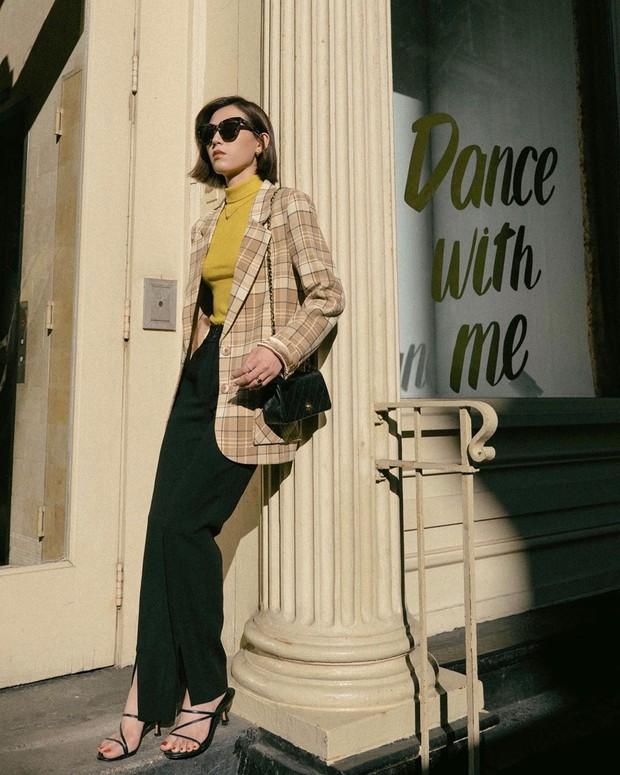 Góc không biết là thiệt: 4 kiểu áo khoác bạn nhất định nên mua dáng oversized thì mặc lên mới đẹp và chuẩn mốt - Ảnh 2.