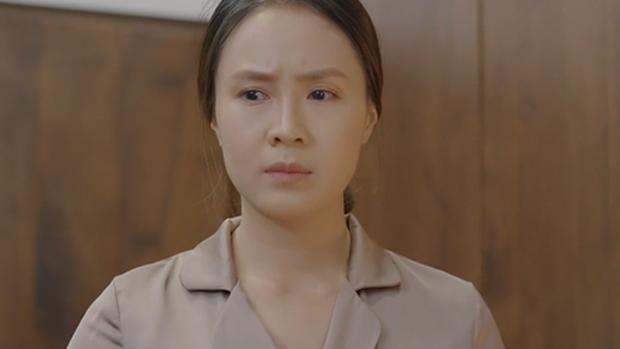 7 kiểu phụ nữ trong Hoa Hồng Trên Ngực Trái: Dịu dàng hay khôn ngoan cũng vẫn khổ mới tài - Ảnh 1.