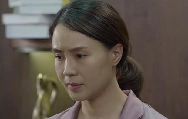 7 kiểu phụ nữ trong Hoa Hồng Trên Ngực Trái: Dịu dàng hay khôn ngoan cũng vẫn khổ mới tài - Ảnh 2.