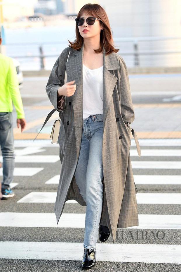 Trời mưa lạnh diện trench coat là chuẩn bài, và để mặc cho đẹp thì bạn phải học ngay các mỹ nhân Hàn - Ảnh 13.