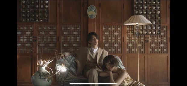 Nếu Kpop có Jennie thay tới 22 bộ outfit trong MV Solo thì Vpop có Min chơi lớn mặc 12 bộ váy khác nhau trong Vì Yêu Cứ Đâm Đầu - Ảnh 11.