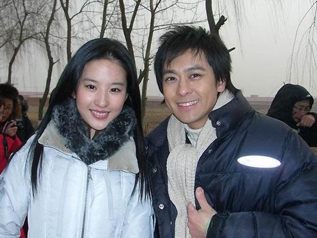 Lưu Diệc Phi thừa nhận 8 năm trước đã muốn cưới chồng, ai cũng bất ngờ trước danh tính người đàn ông may mắn - Ảnh 6.