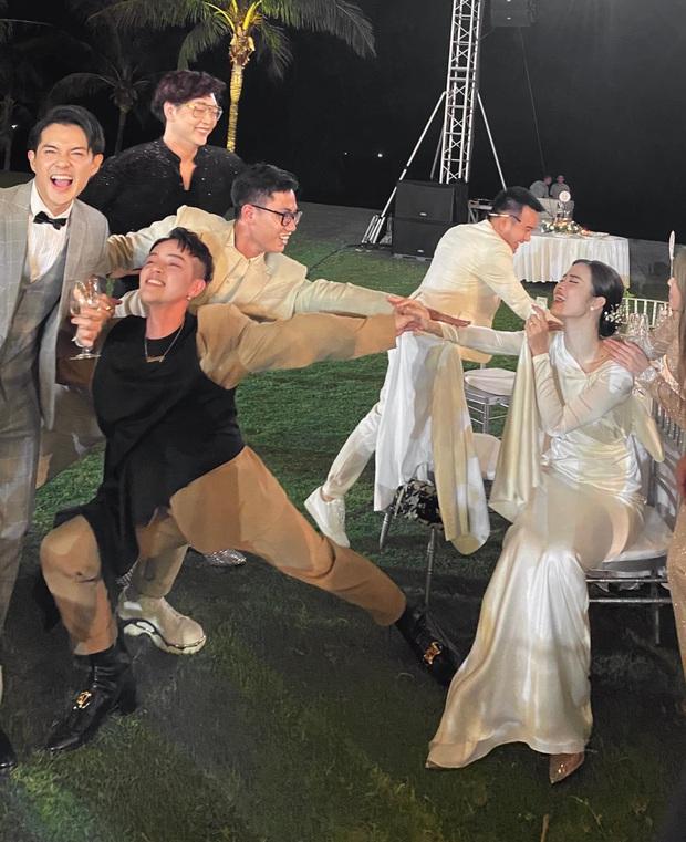Cưới xin cả ngày vậy mà đến đêm vẫn quẩy cực mạnh, Đông Nhi đích thị là cô dâu máu nhất năm! - Ảnh 1.
