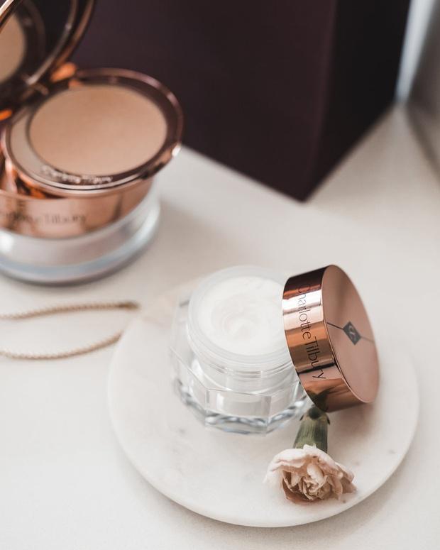 Da khô như ngói cũng mềm óng như lụa khi bạn biết tới 8 loại kem siêu dưỡng được người trong ngành beauty khen nức nở - Ảnh 3.