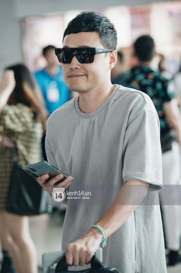 Dàn sao Vbiz đổ bộ sân bay rời Phú Quốc: Người thấm mệt, người vẫn tươi rói sau đêm quẩy nhiệt tại đám cưới Đông Nhi - Ảnh 9.