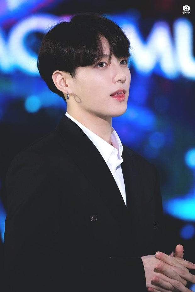 Discussion of the 10 most popular idols of today: BTS exceeded by the national center, more surprising than the only female star to emerge - Photo 4.