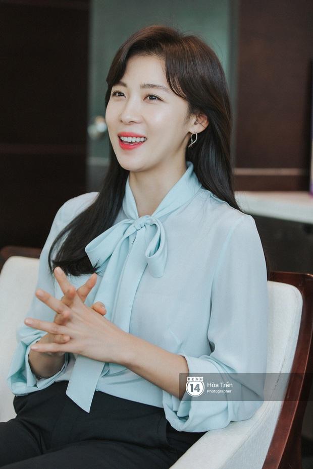Phỏng vấn Hoàng hậu Ki Ha Ji Won tại Việt Nam: Không dưới 10 lần định bỏ làm diễn viên, tiết lộ bí quyết giữ nhan sắc hack tuổi - Ảnh 8.