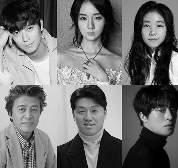 Phim rạp Hàn 2020 là đại tiệc mĩ nam: Gong Yoo bảo kê Park Bo Gum, Song Joong Ki tái xuất sau ồn ào li dị - Ảnh 3.