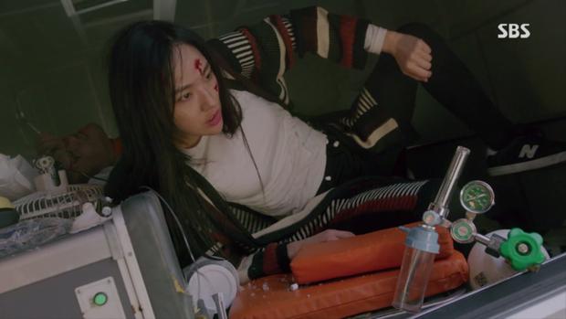 6 phân cảnh đáng nhớ nhất bom tấn hành động Vagabond: Hình như Lee Seung Gi cân cả phim mất rồi? - Ảnh 9.