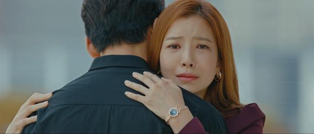 Bị bồ bắt quả tang ôm người yêu cũ, Ji Chang Wook liệu còn quyền ghen với tình địch kém 30 tuổi? - Ảnh 2.