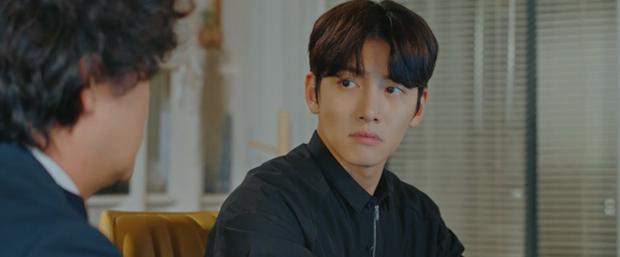 Bị bồ bắt quả tang ôm người yêu cũ, Ji Chang Wook liệu còn quyền ghen với tình địch kém 30 tuổi? - Ảnh 4.
