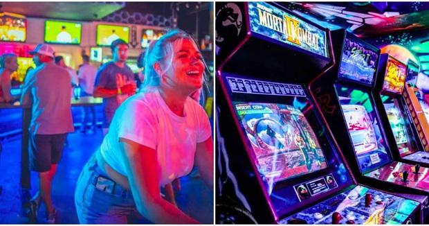 Choáng ngợp trước quán bar cho game thủ, vừa hiện đại vừa đậm tính hoài cổ - Ảnh 2.