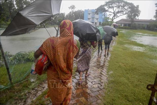 Bão Bulbul làm 44 người thiệt mạng, mất tích tại Bangladesh và Ấn Độ - Ảnh 1.