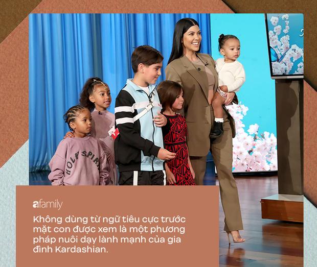 Dù bị ghét vì tai tiếng và chiêu trò bẩn nhưng trong cách nuôi dạy con, không ít người phải gật gù tán dương gia đình Kardashian - Ảnh 5.