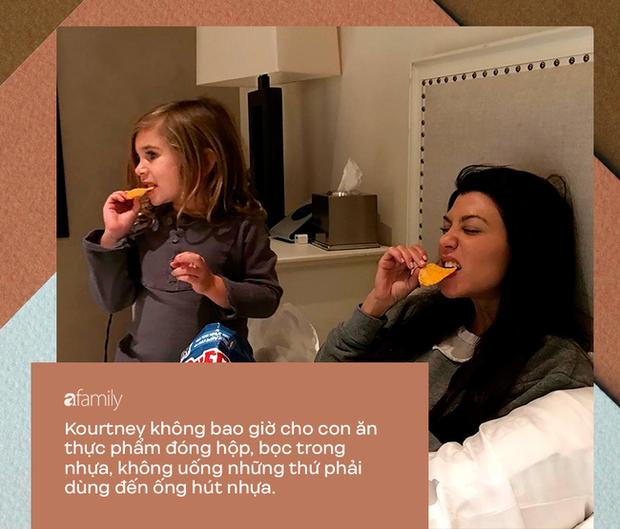 Dù bị ghét vì tai tiếng và chiêu trò bẩn nhưng trong cách nuôi dạy con, không ít người phải gật gù tán dương gia đình Kardashian - Ảnh 9.