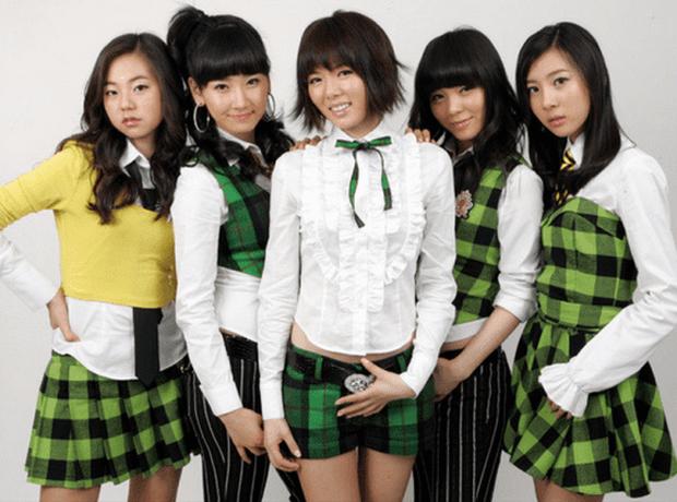 Idol Kpop debut nhiều lần nhất tại Hàn: Hoạt động 10 năm ra mắt đến 7 lần, không thành công vang dội cũng tạo được nét sương sương - Ảnh 2.
