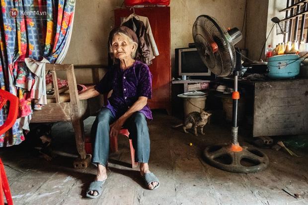 Bà cụ đạp xe lên ủy ban xã nằng nặc xin ra khỏi hộ nghèo: 11 đứa con mà tui chưa phải phiền đến đứa mô - Ảnh 6.
