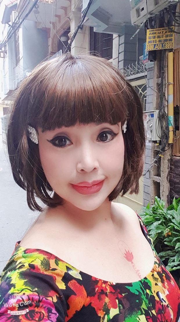 Em bé Hà Nội Lan Hương lộ mặt đơ như tượng sáp, nhưng cuối cùng lần này đã thừa nhận dao kéo - Ảnh 1.