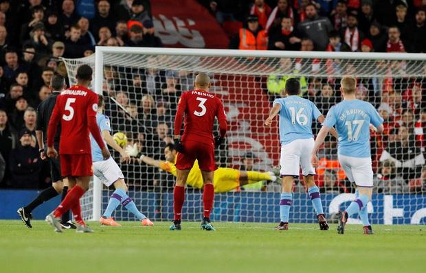 Nghiền nát Man City trong trận chung kết mùa giải đầy tranh cãi, Liverpool bỏ xa đối thủ tới 9 điểm và tiếp tục cô độc trên đỉnh BXH - Ảnh 3.