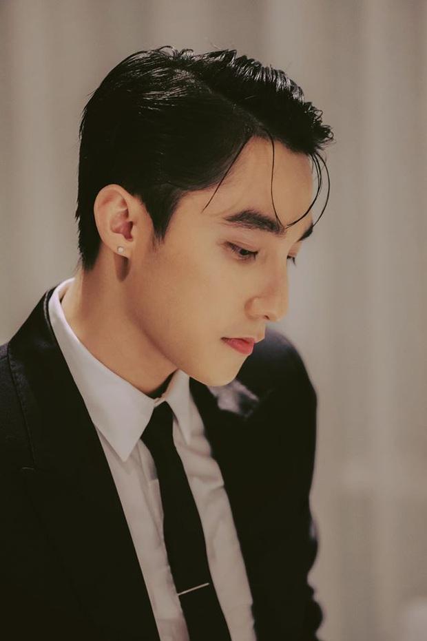 Chủ tịch Sơn Tùng M-TP bất ngờ xuất hiện trong 100 trai đẹp nhất châu Á, visual cực phẩm thế này bảo sao lọt top! - Ảnh 2.