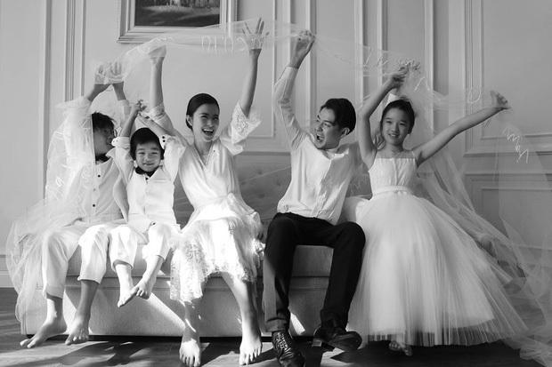 Trọn vẹn những khoảnh khắc tuyệt đẹp nhất trong siêu đám cưới Đông Nhi - Ông Cao Thắng: Tất cả hội tụ lại như cuốn phim ngôn tình! - Ảnh 5.