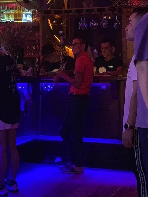 Bị câm điếc bẩm sinh nhưng lại nghiện đi bar, thanh niên liên tục đột nhập tiệm massage để trộm tiền - Ảnh 3.