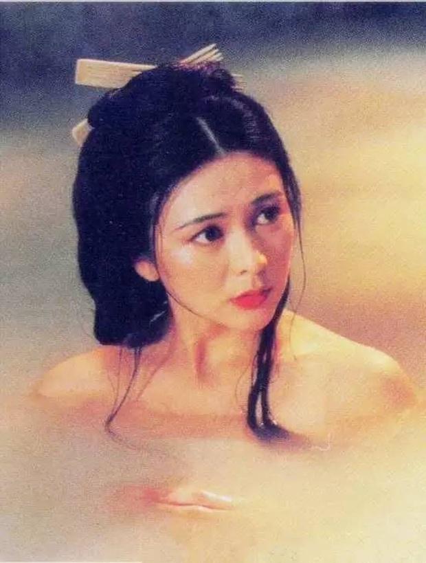 Quan Chi Lâm: Hồ ly giật chồng số 1 Hong Kong và quá khứ tiểu tam lẫy lừng, về già sống cô độc bên khối gia sản kếch xù - Ảnh 16.