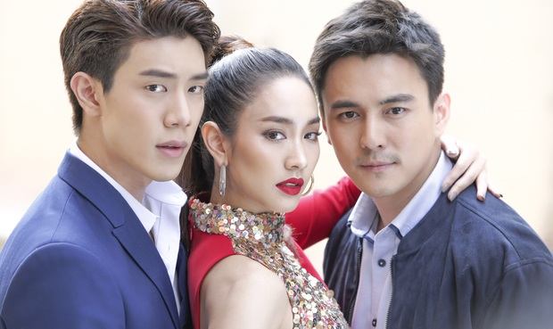 Mốt lạ trong phim Thái: Nữ chính cân hai vai, bánh bèo hay My Sói cũng đều không ngán - Ảnh 13.