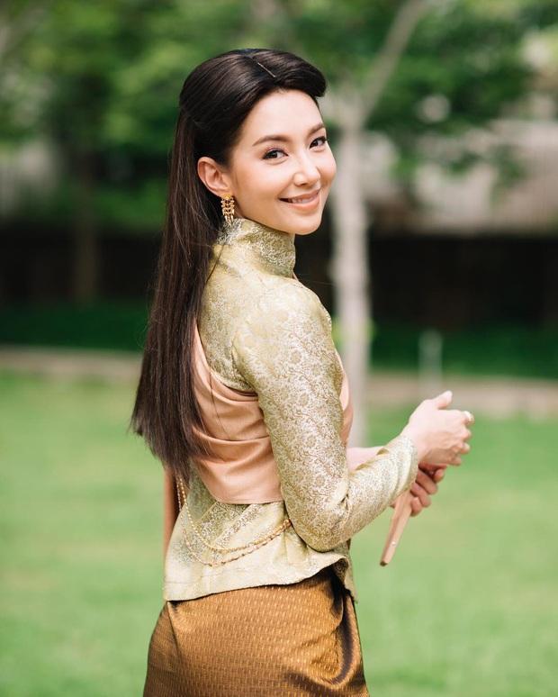 Mốt lạ trong phim Thái: Nữ chính cân hai vai, bánh bèo hay My Sói cũng đều không ngán - Ảnh 3.