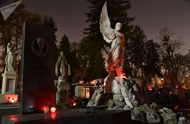 Vẻ đẹp của các nghĩa trang cổ khắp thế giới - Ảnh 5.