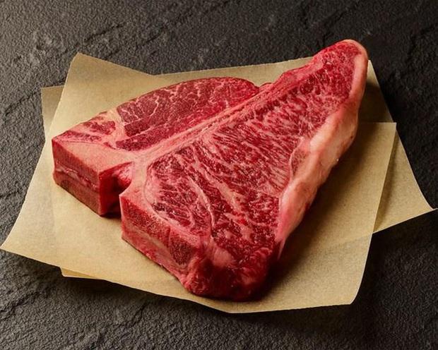 """Không có tiền ăn bò Wagyu """"chục triệu 1 ký"""" thì mua đỡ… hàng đóng hộp vừa ra mắt đã gây bão khắp Nhật Bản này thử xem! - Ảnh 1."""