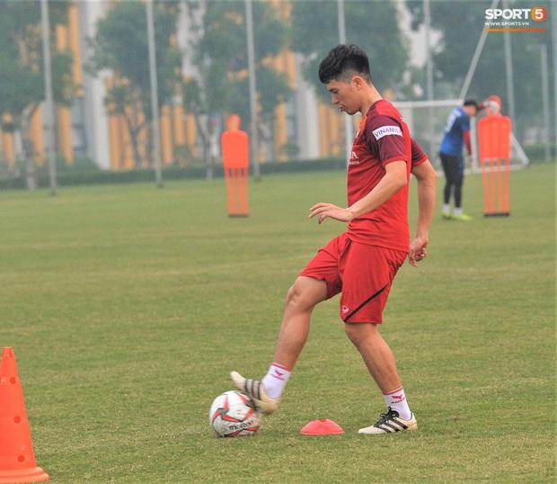 Hiếm khi Đình Trọng nổi hứng muốn chia sẻ về SEA Games 30 nhưng bác sĩ tuyển U22 Việt Nam không đồng ý - Ảnh 5.