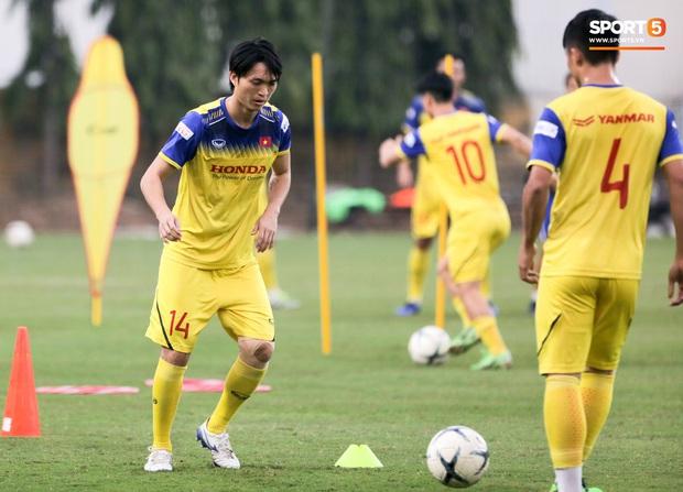 Sự thật việc HLV Park Hang-seo trả đũa, cấm phóng viên Thái Lan tác nghiệp trước trận gặp tuyển Việt Nam - Ảnh 3.