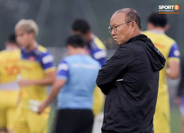 Sự thật việc HLV Park Hang-seo trả đũa, cấm phóng viên Thái Lan tác nghiệp trước trận gặp tuyển Việt Nam - Ảnh 2.