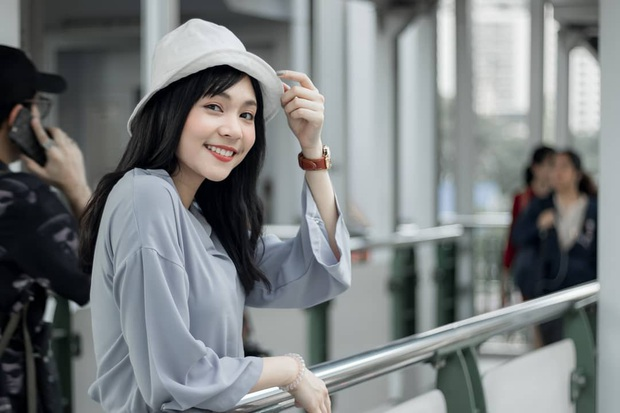 Tân Hoa hậu Quốc tế 2019: Biết là xinh đẹp nhưng nhan sắc ít phấn son mới gây bất ngờ, style cũng chất chẳng kém ai - Ảnh 3.